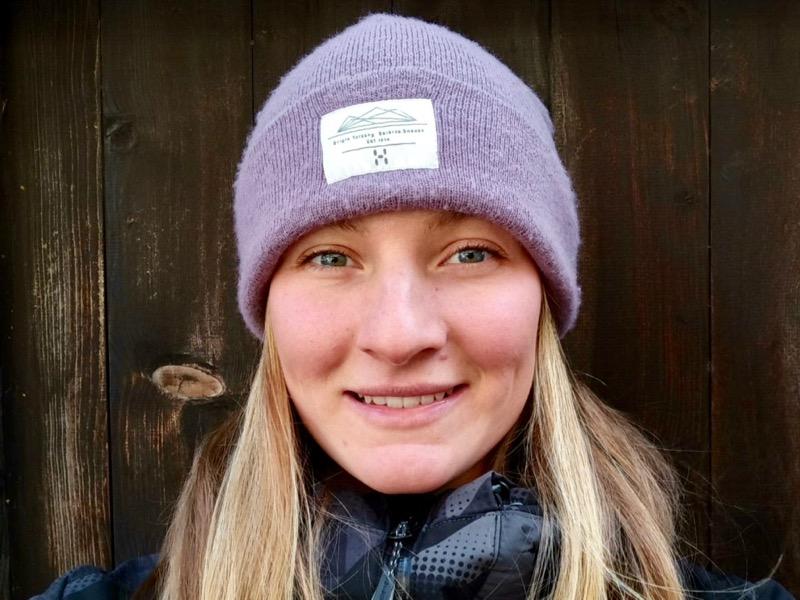 Kristyna Mikulasova ski team ski school Saas-Fee español